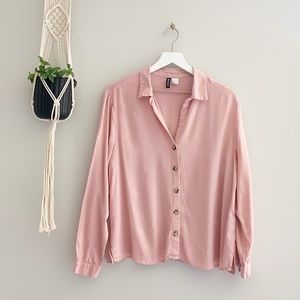 H&M Divided Blush Pink Button Up Blouse